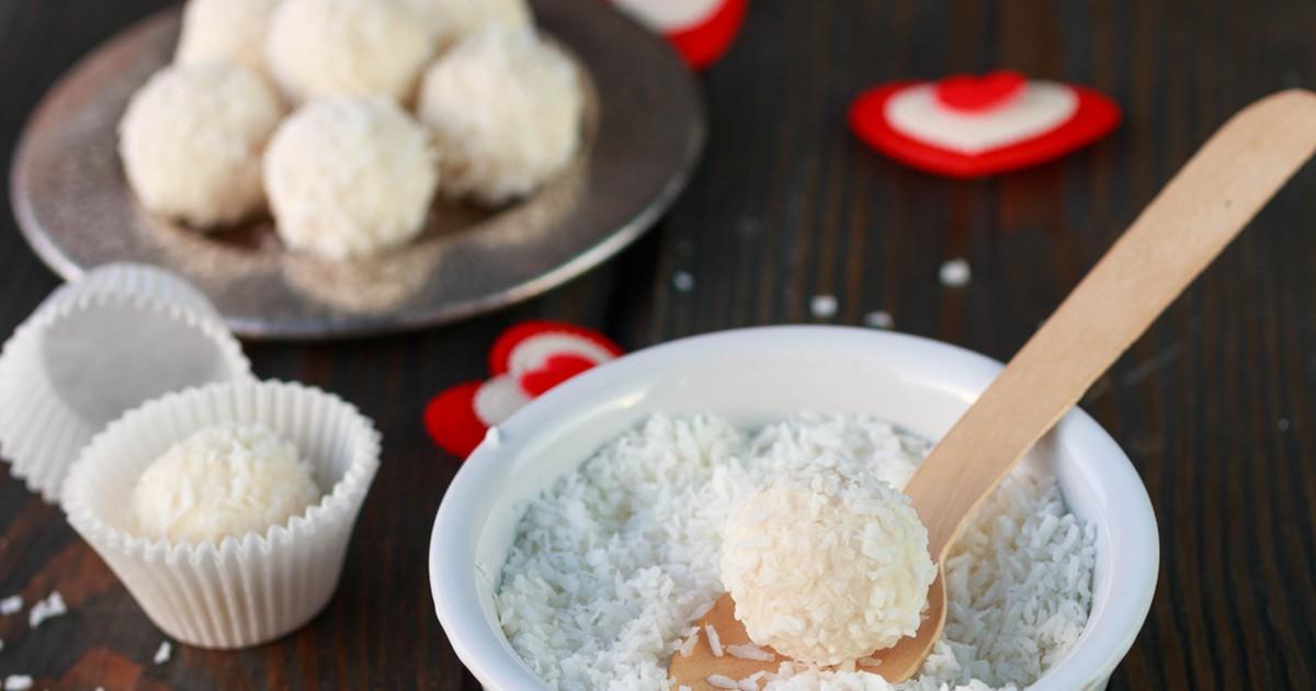 Фото Творожные шарики с кокосом