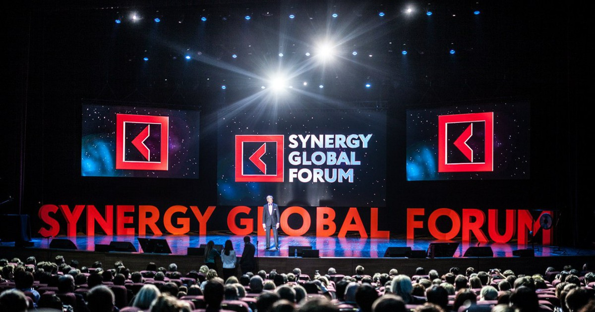 Фото Synergy Global Forum – бизнес-форум глобального значения
