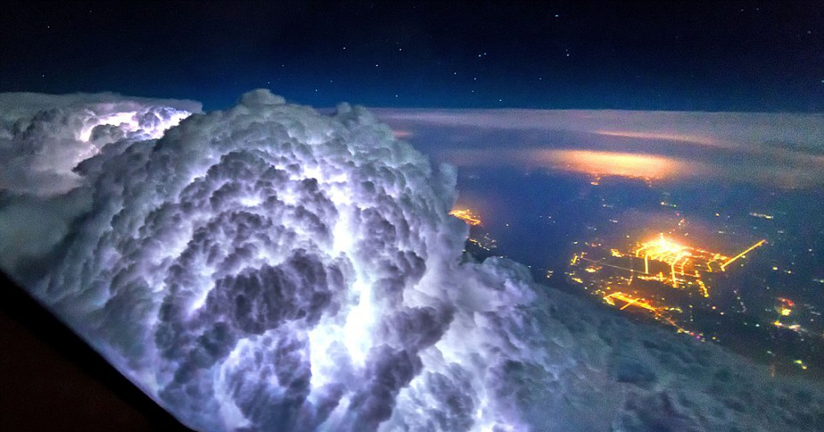Фото Потрясающие фотографии, сделанные из кабины авиалайнера