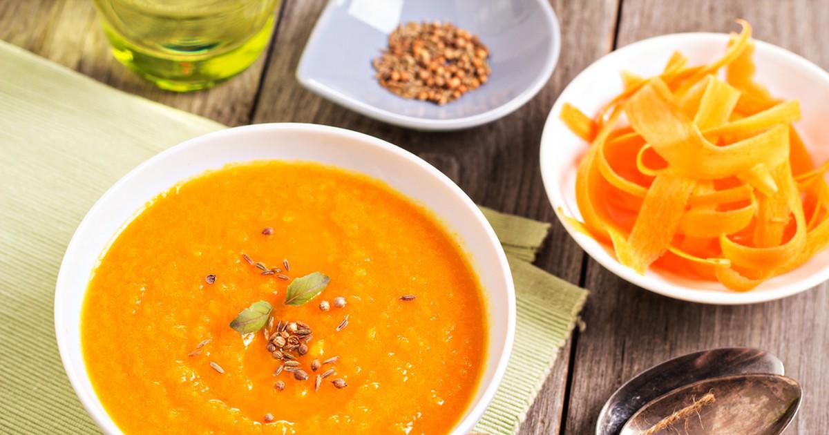 Фото Морковный суп с медом и имбирем