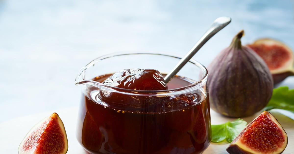 Фото Инжир, смоковница, фига, винная ягода – названий у этого плода несколько. Приготовьте впрок из инжира вкусный и супер витаминный джем