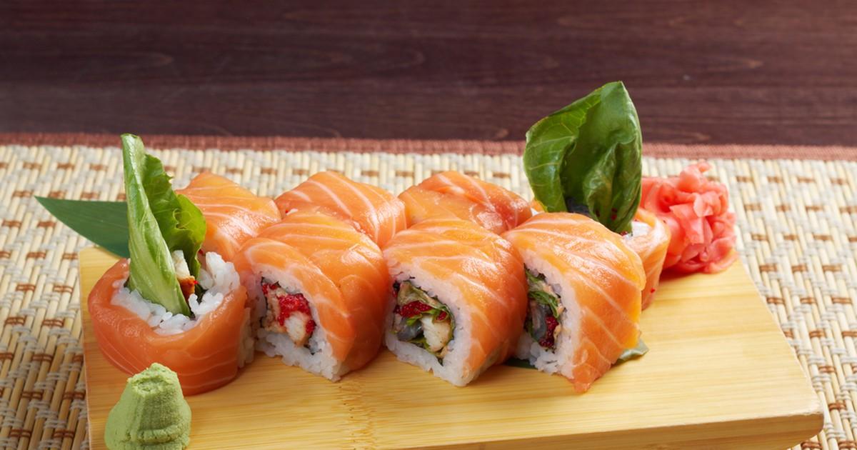 Фото Предлагаем приготовить любимые всеми суши дома! Это же так просто, а получается вкуснее, чем в кафе.