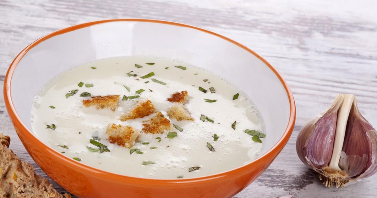Фото Чесночный крем-суп с картофелем и кабачками