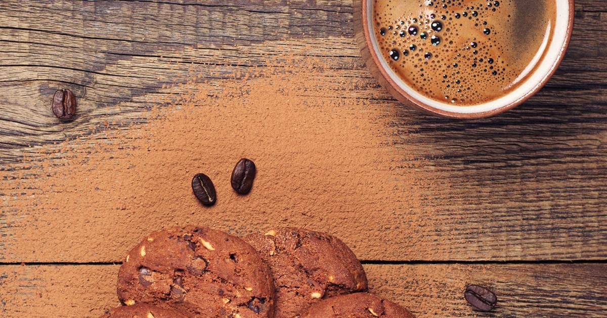 Фото Шоколадное печенье с орехами