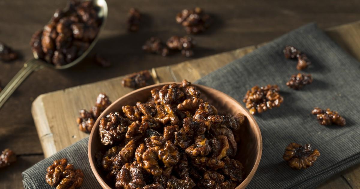 Фото Пряные грецкие орешки в сахаре  за 5 минут