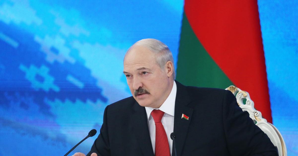 Фото Лукашенко поручил завести уголовное дело на главу Россельхознадзора