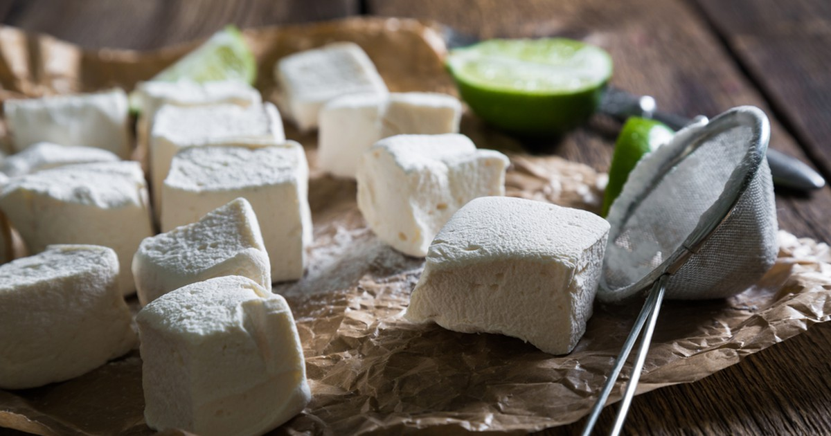 Фото Этот десерт очень прост в приготовлении, а по вкусу он напоминает самый настоящий зефир!