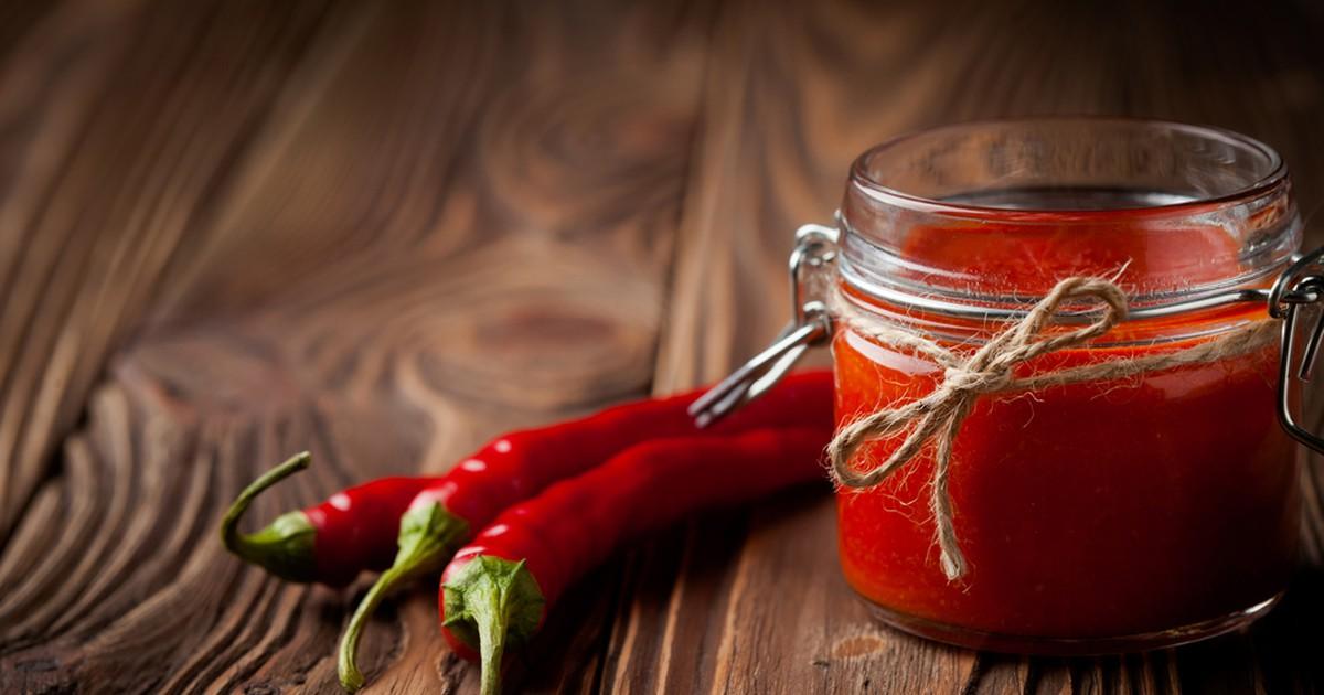 Фото Соус-варенье из острого перца к мясу