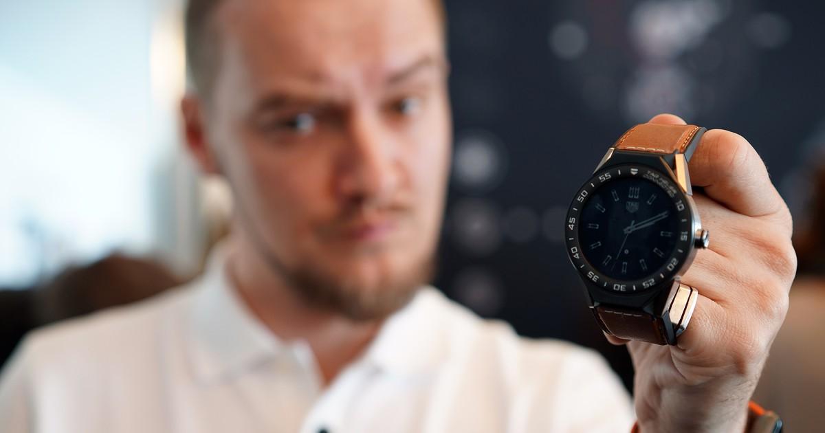 Фото Самые дорогие часы на Android | Видеообзор