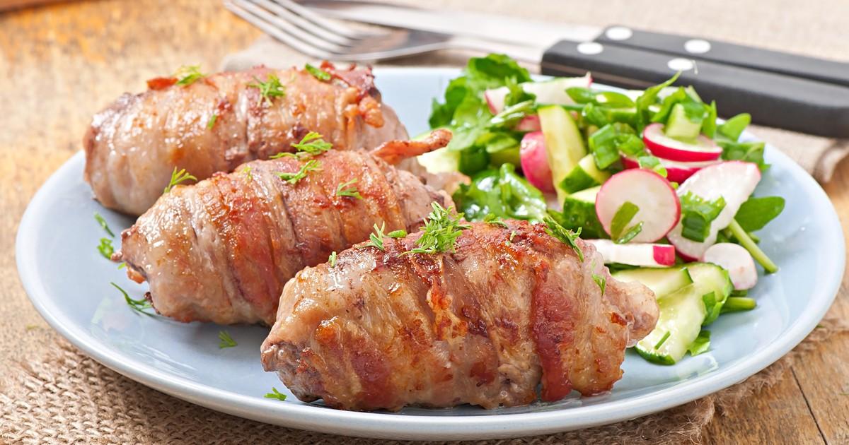 Фото Вкуснейшие мясные рулетки можно подать к праздничному столу и просто на семейный ужин. Мясо получается очень сочным и ароматным.