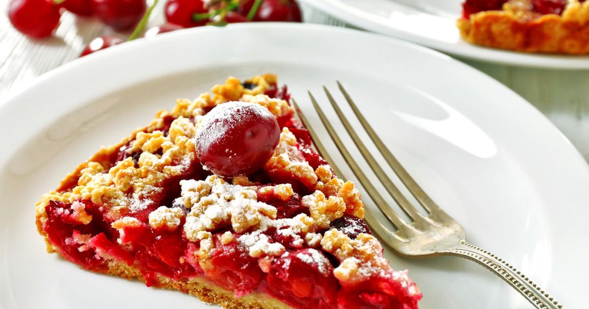 Фото Тертый пирог с вишней