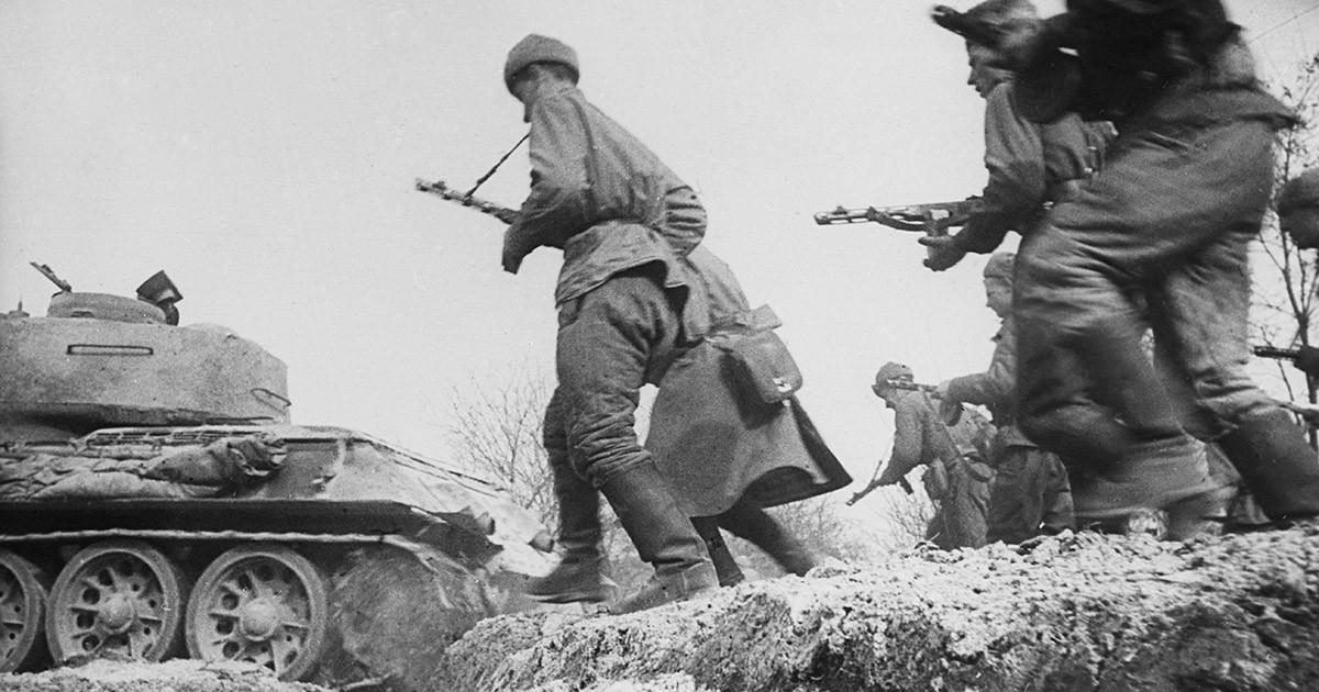 "Фото ""Красная армия ""задавливала железом"", а не ""заваливала трупами"""""