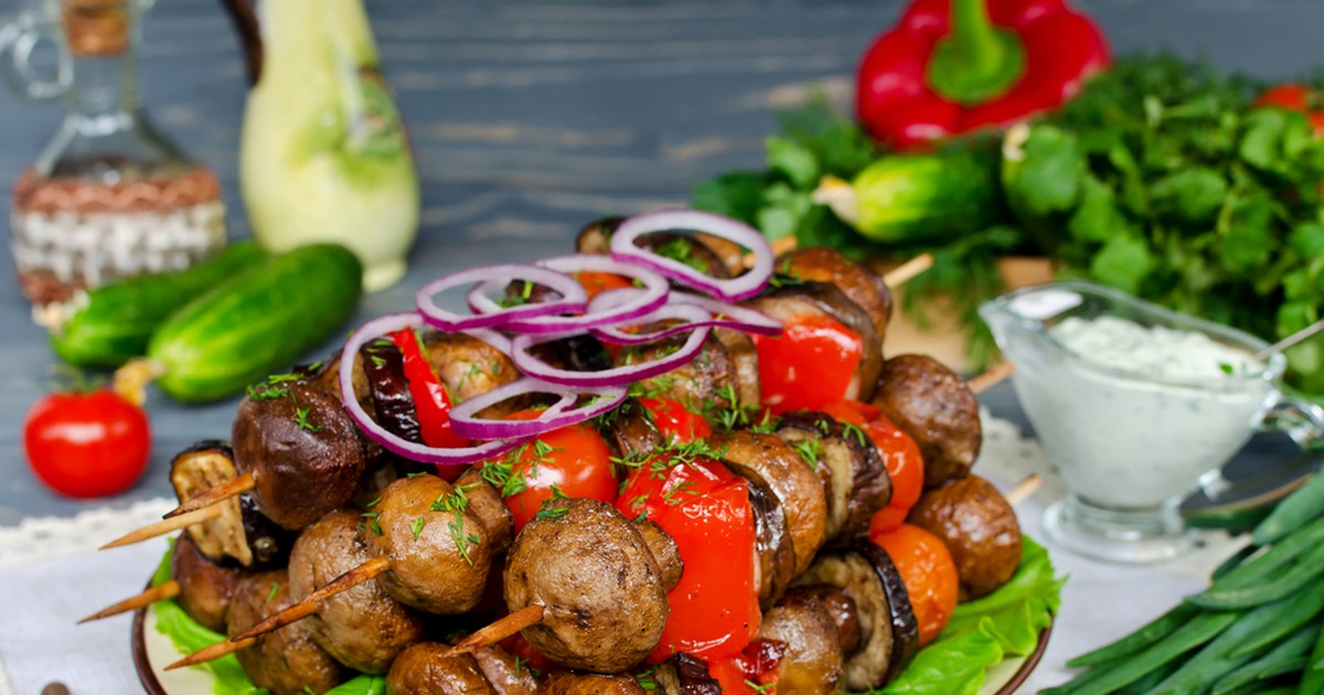 Фото Шашлык из грибов и баклажанов