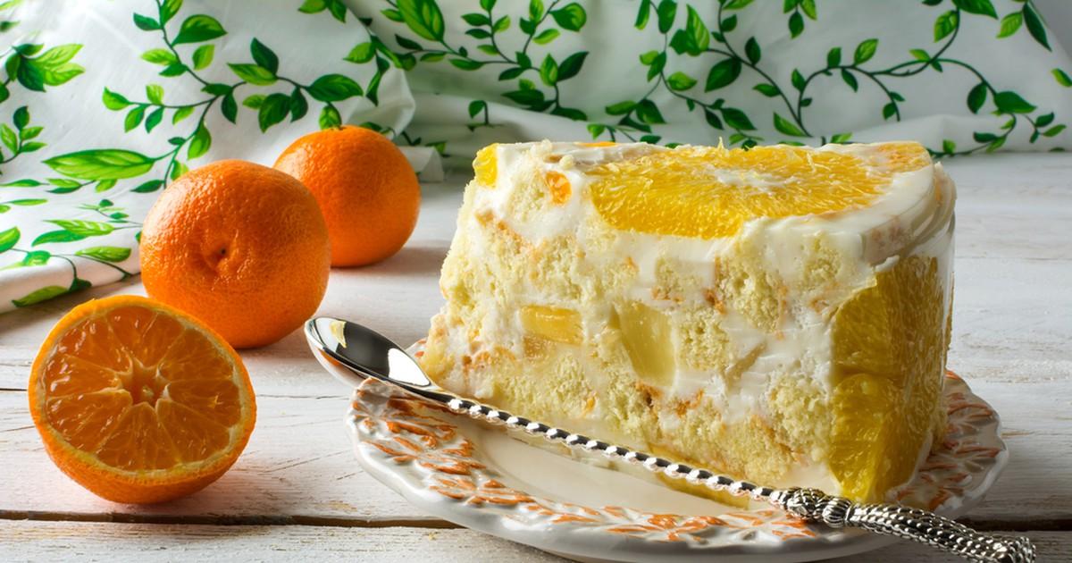 Фото Нежный торт с фруктами и желе