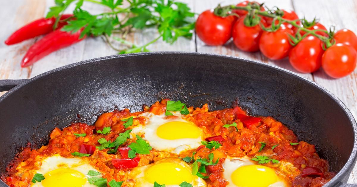 Фото Ароматная, в меру острая, горячая и аппетитная....что может быть вкуснее правильно приготовленной шакшуки на завтрак?!