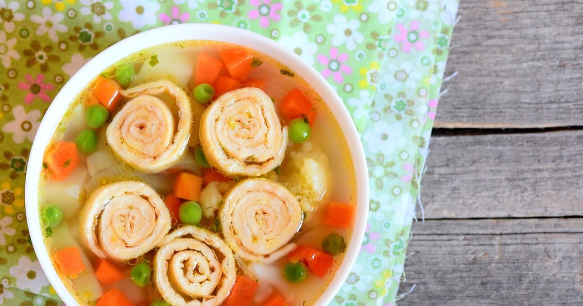 Фото Суп с сырными рулетиками