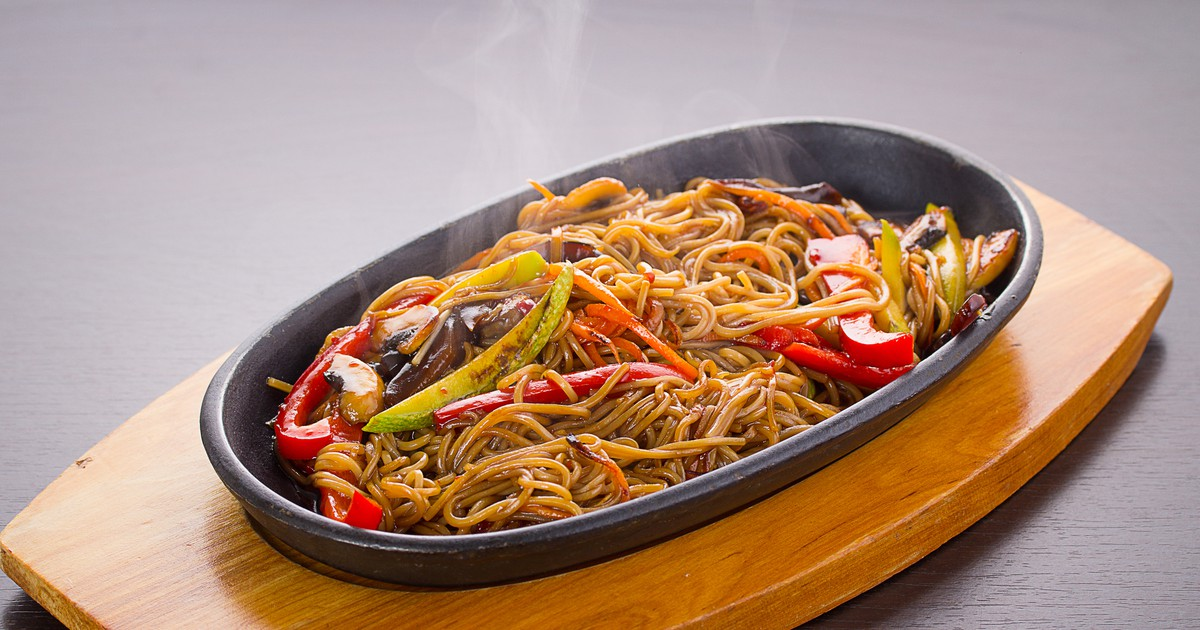Фото Лапша с говядиной и овощами