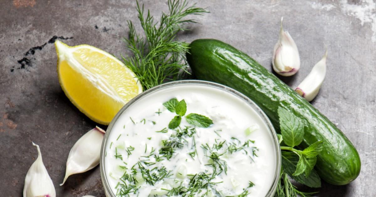 Фото Лёгкий йогуртовый соус
