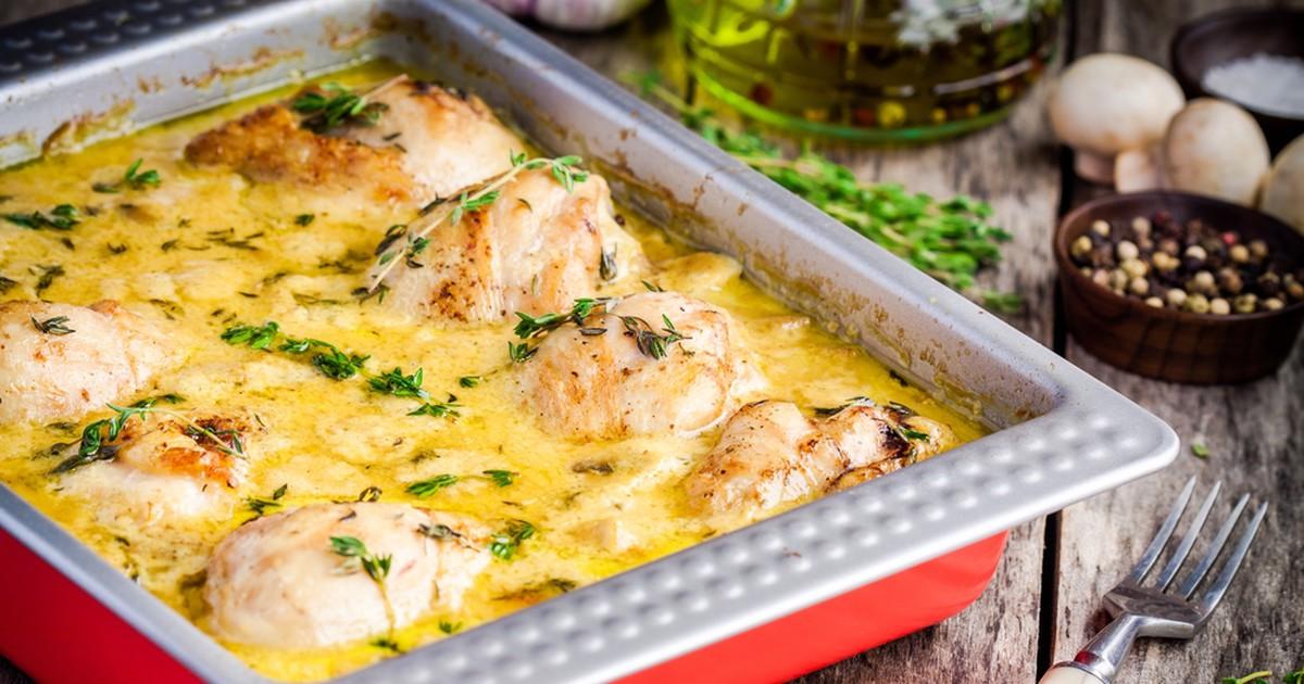 Фото Курица в горчичном соусе с грибами