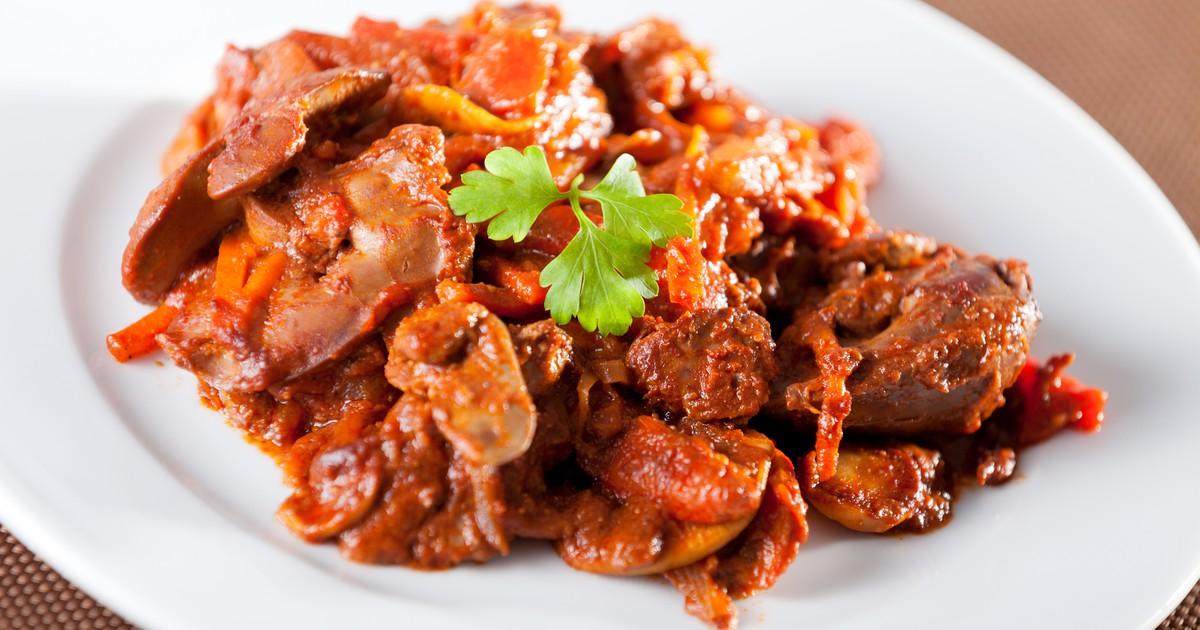Фото Куриная печень в томатном соусе