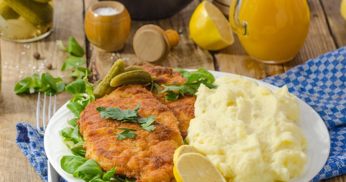 Фото Популярное блюдо австрийской кухни, которое готовится просто и быстро, съедается легко и отлично подходит для повседневного или праздничного ужина.