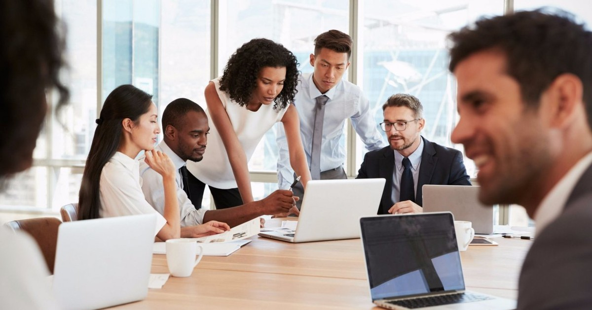 Photo of 3 Ways to 'Transcend the Tech' in Your Team's Communications