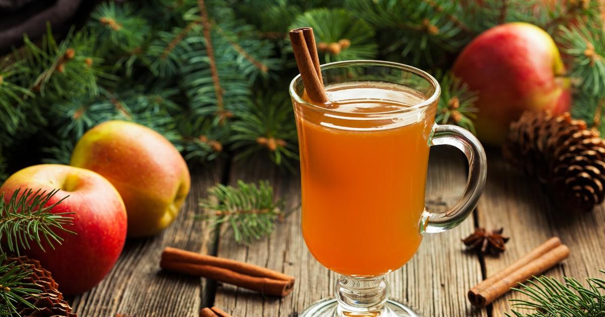Фото Горячий безалкогольный яблочный сидр