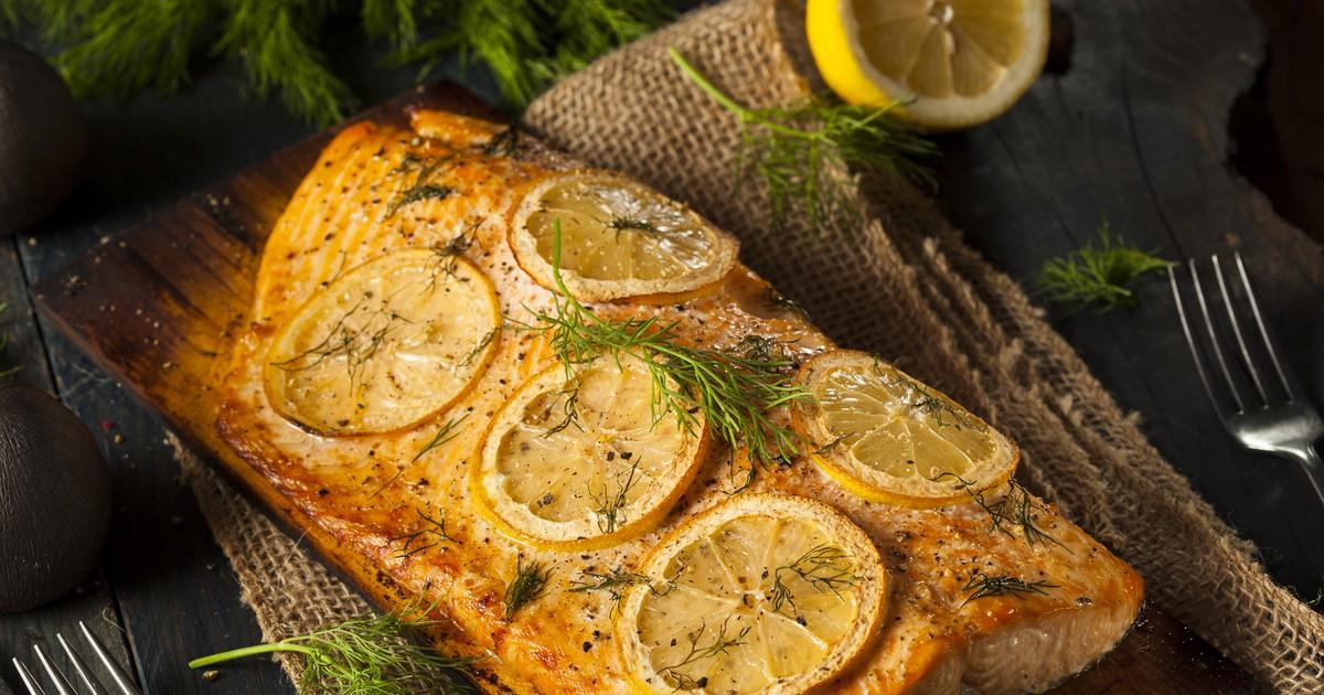 Фото Сёмга с лимоном, запечённая в духовке