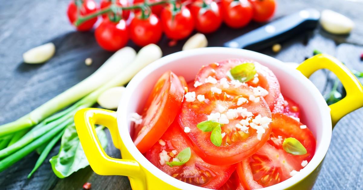 Фото Аппетитные маринованные помидоры за 30 минут