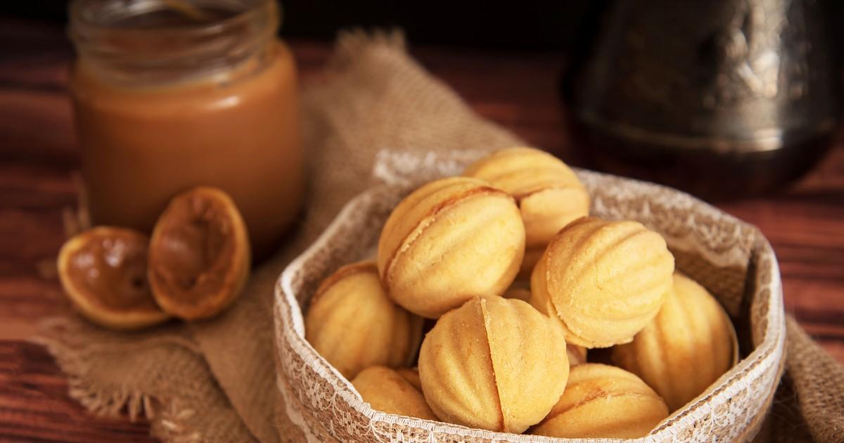 Фото Домашние орешки со сгущенкой