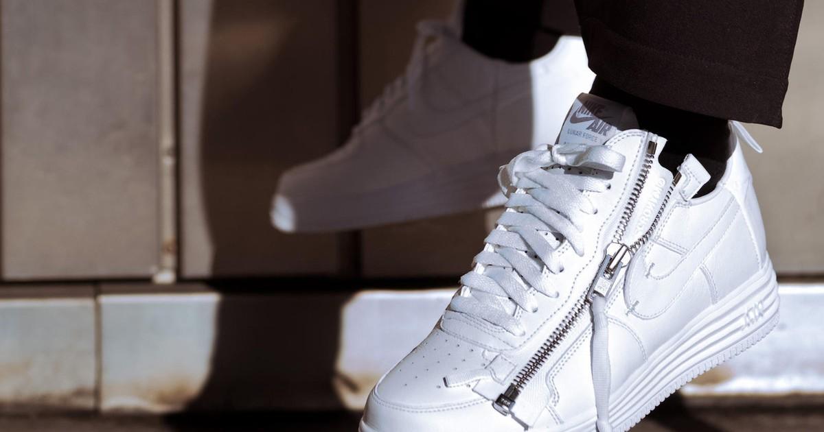 Photo of Industry Insiders Pick Their Favorite Sneaker Release of 2017