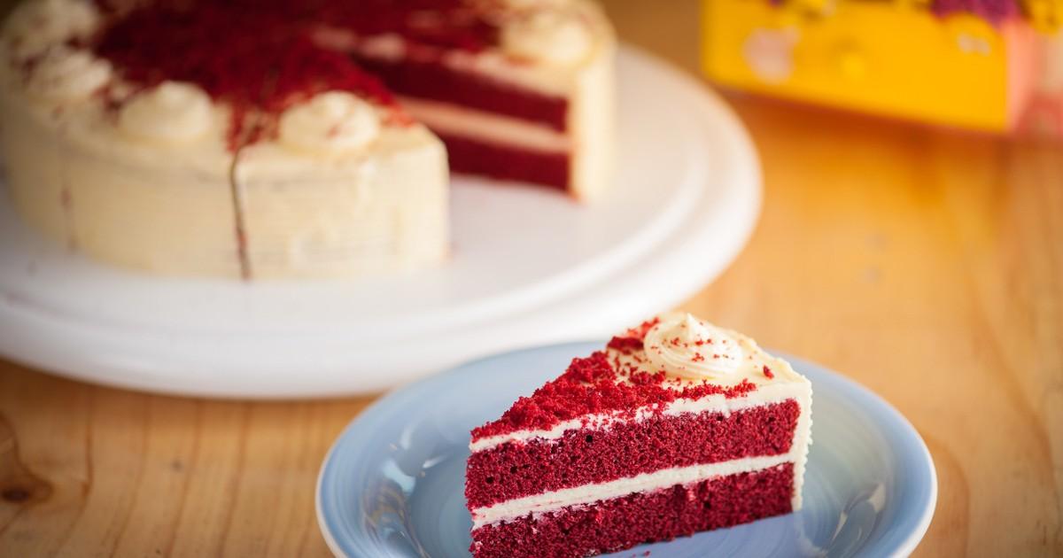 """Фото Изысканный торт """"Красный бархат"""""""