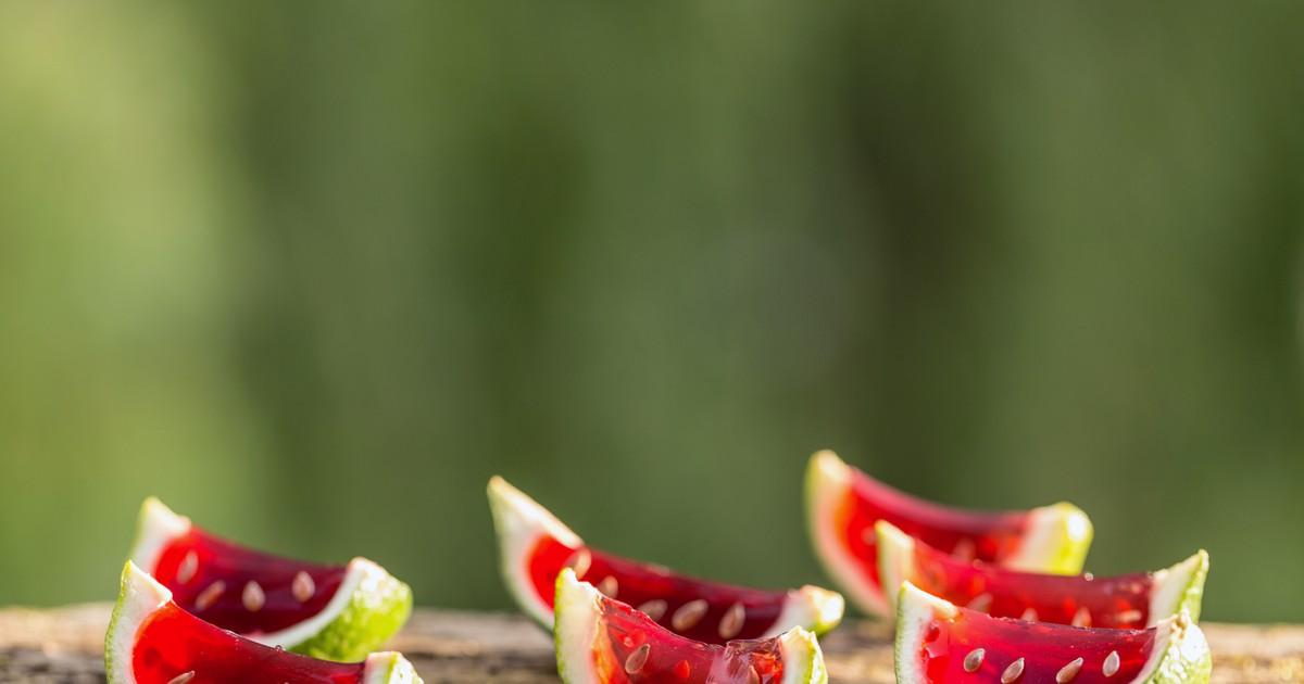 Фото Желе в лаймовых корках с агар-агаром