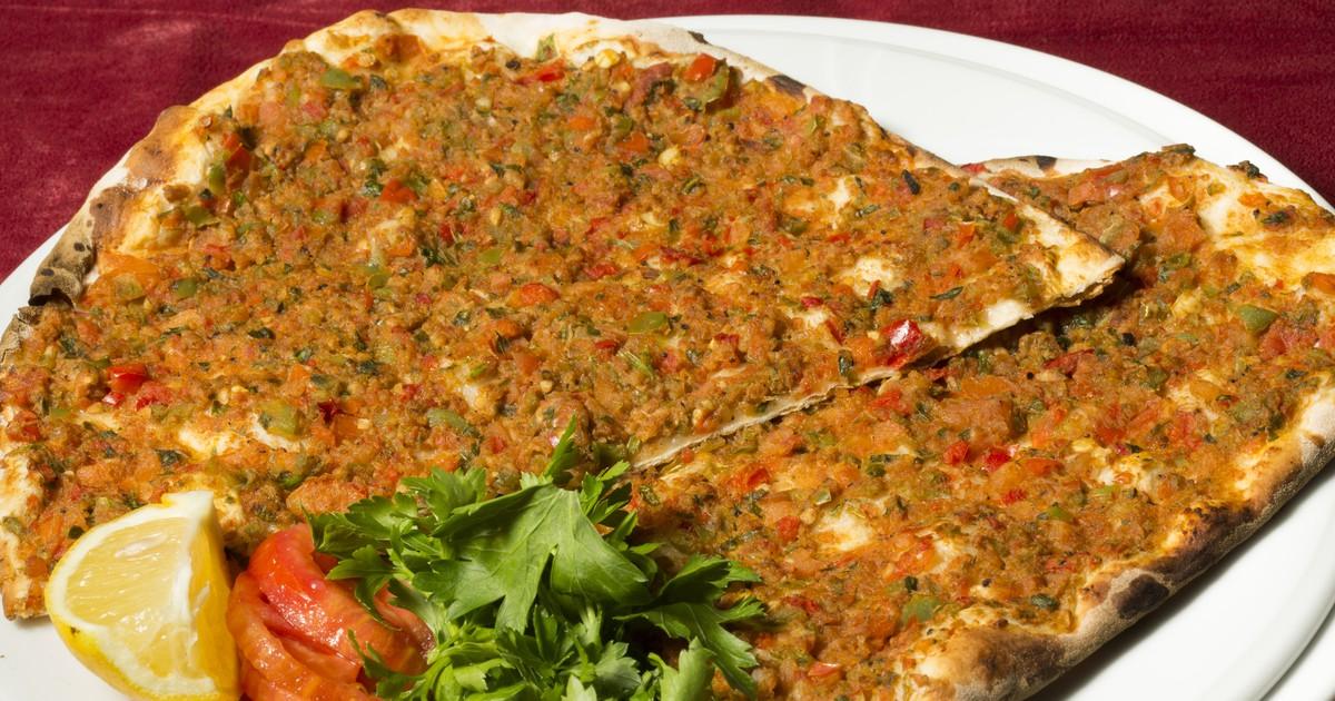 Фото Турецкая пицца - лахмаджун
