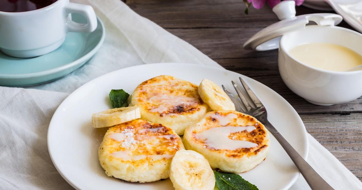 Фото Сырники с бананом и изюмом