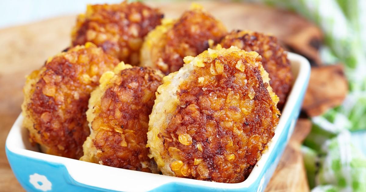 Фото Куриные котлеты с сырной начинкой