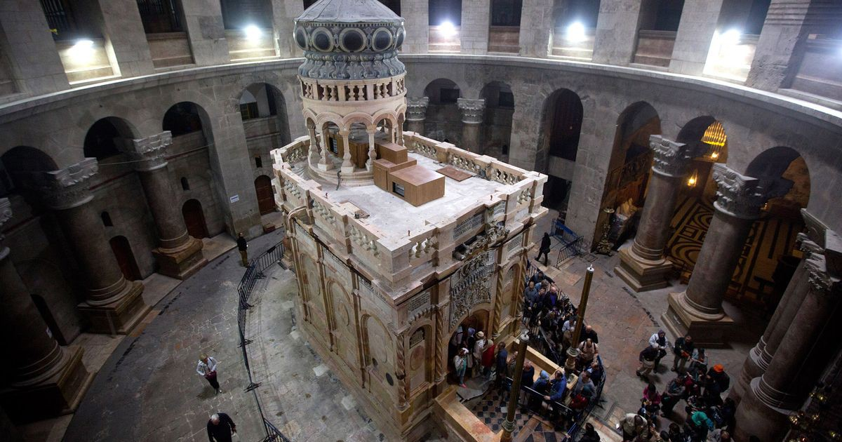 Photo of Israel Freezes Church Tax Plan After Holy Sepulchre Uproar