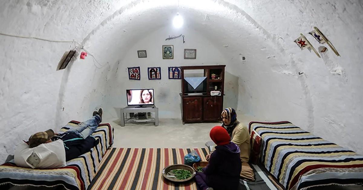 Фото Народ, который не хочет выходить на свет и живет под землей