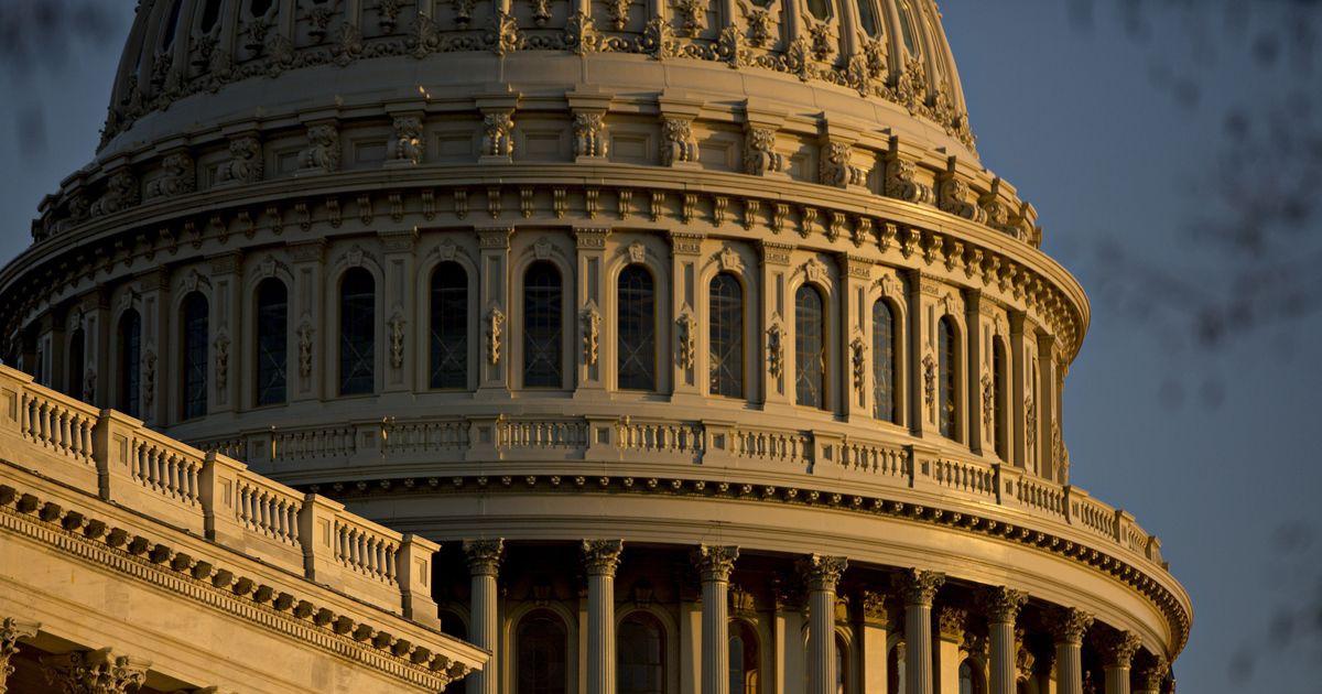 Photo of Senate Backs Bill Relaxing Post-Crisis Rules for Smaller Banks