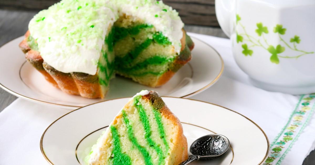 Фото Зеленый мраморный торт