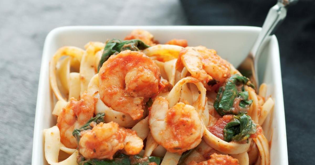 Фото Вкуснейшая паста с креветками и шпинатом
