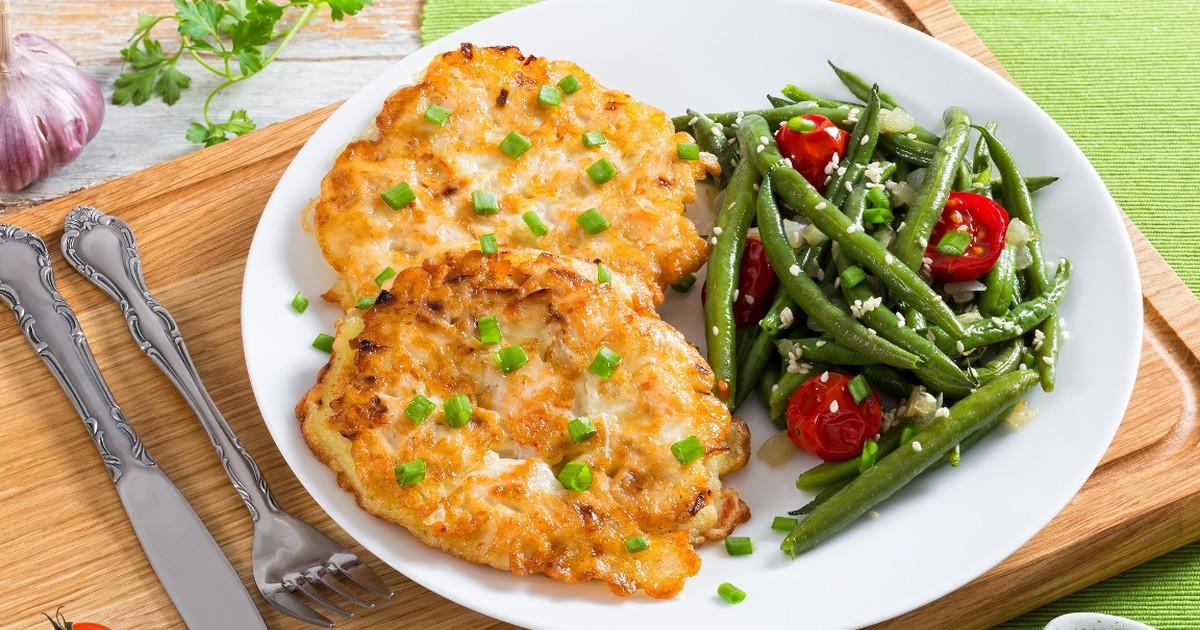 Фото Аппетитные рубленые куриные котлетки с сыром