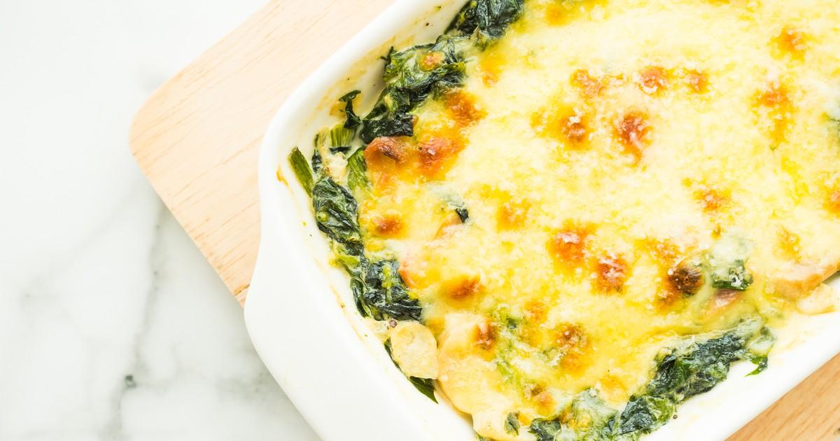 Фото Запеченный картофель с моцареллой и шпинатом