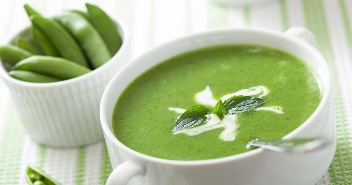 Фото Этот аппетитный зелёный крем-суп отлично подойдёт для вкусного весеннего обеда.