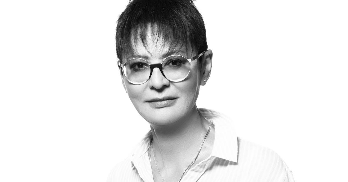 "Фото ""Голосовала за Собчак"". Хакамада о политике, татуировках и открытом браке"