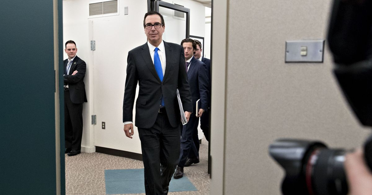 Photo of Mnuchin Urges IMF to 'Step Up to the Plate' in Fair Trade Debate