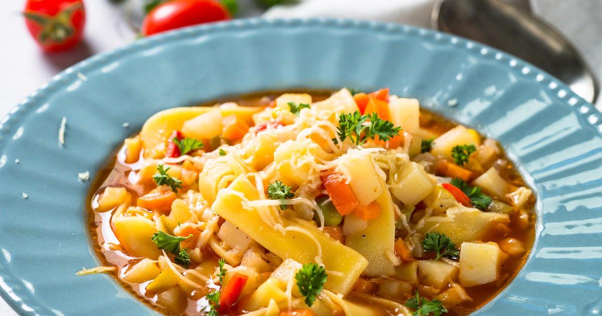 Фото Итальянский суп Минестроне