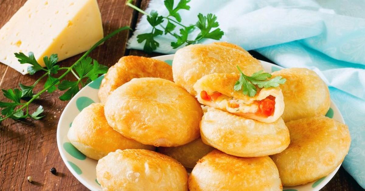 """Фото Пирожки """"Бомбочки"""" с помидорами и сыром"""