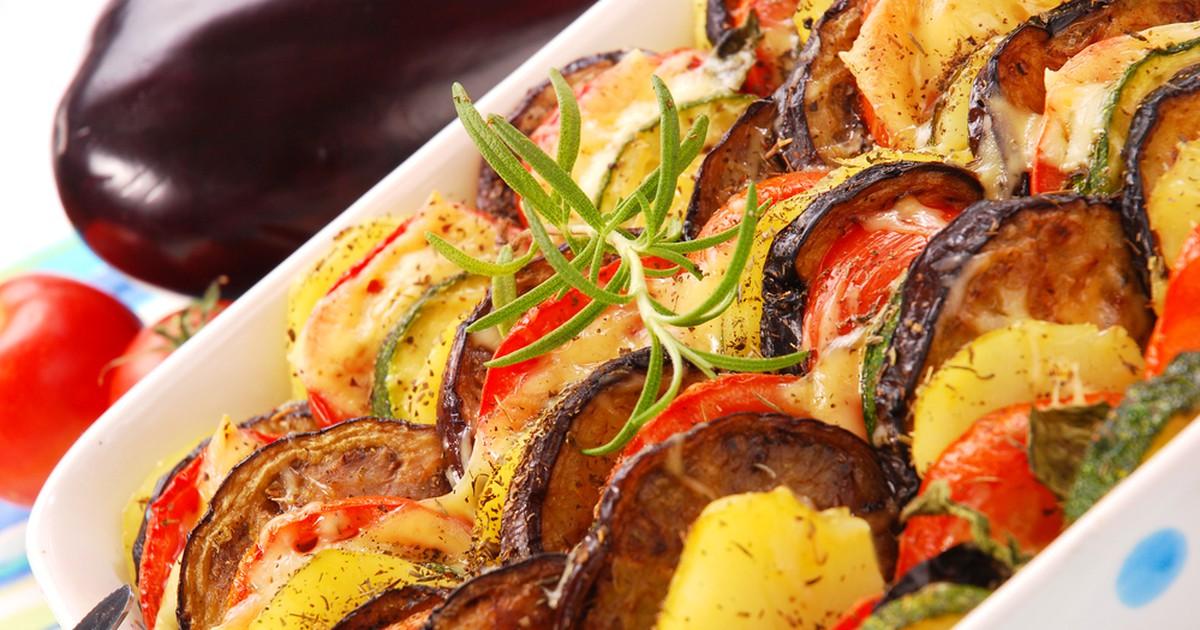 Фото Рататуй с картофелем и сыром