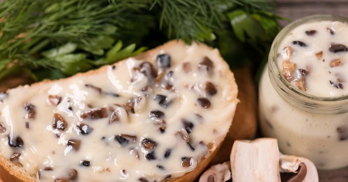 Фото Домашний плавленый сыр с шампиньонами